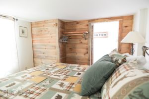 Stay and relax, Lodge room in #54 North House Lodge Ludlow Village vacation rental